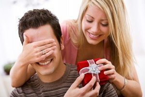Valentine's: Woman Surprises Man With Gift